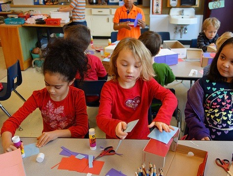 What do researchers say about putting kindergarten off? (Photo: Meriwether Lewis Elementary School/Flickr Creative Commons)