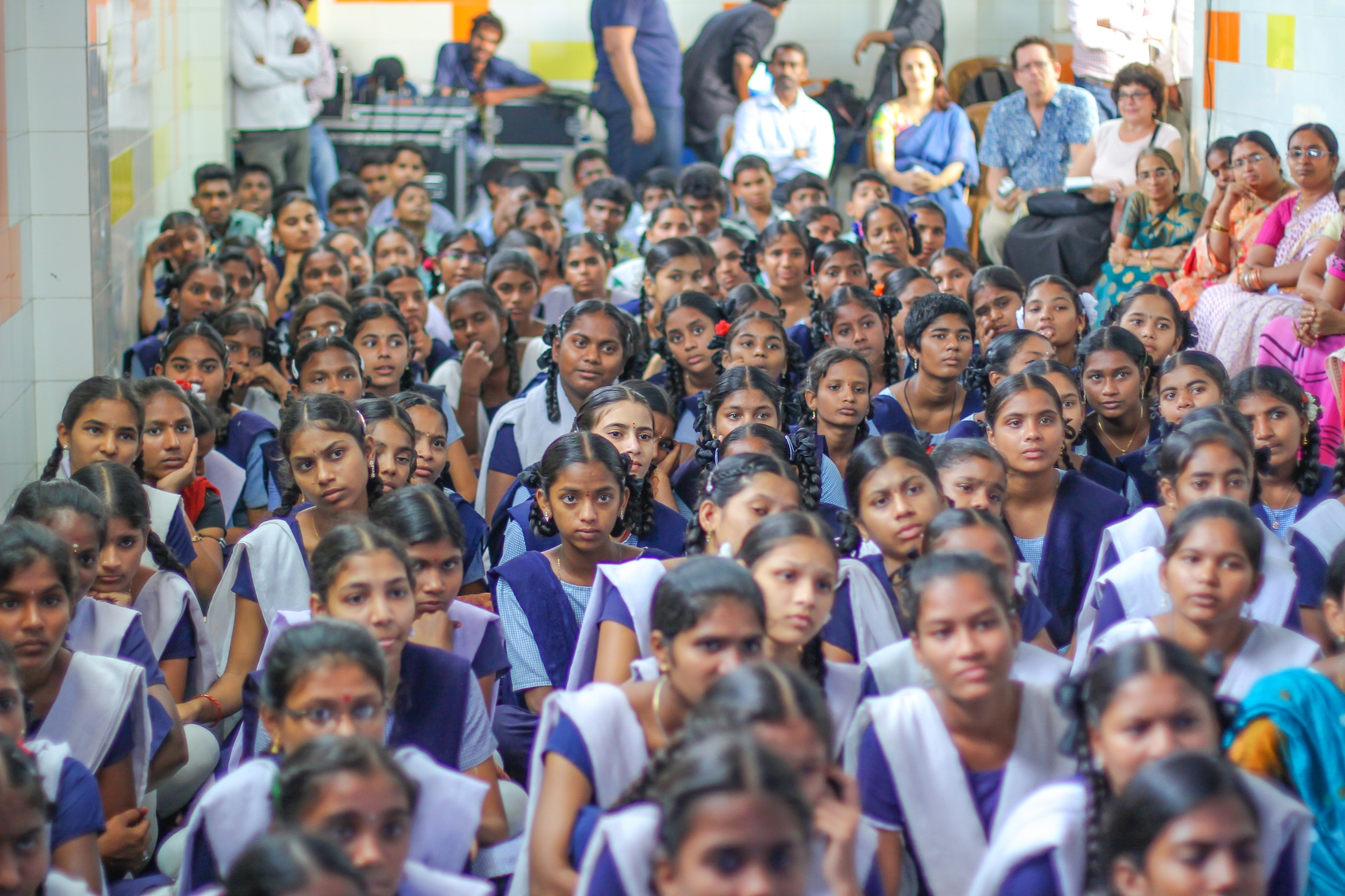 Students at Zilla Parishad High School, in the south Indian metropolis of Hyderabad, gather to watch an educational video about HIV/AIDS. (Photo: TeachAIDS)