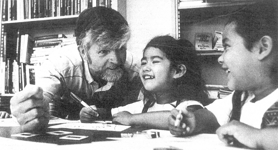 Carl Thoresen with local school children