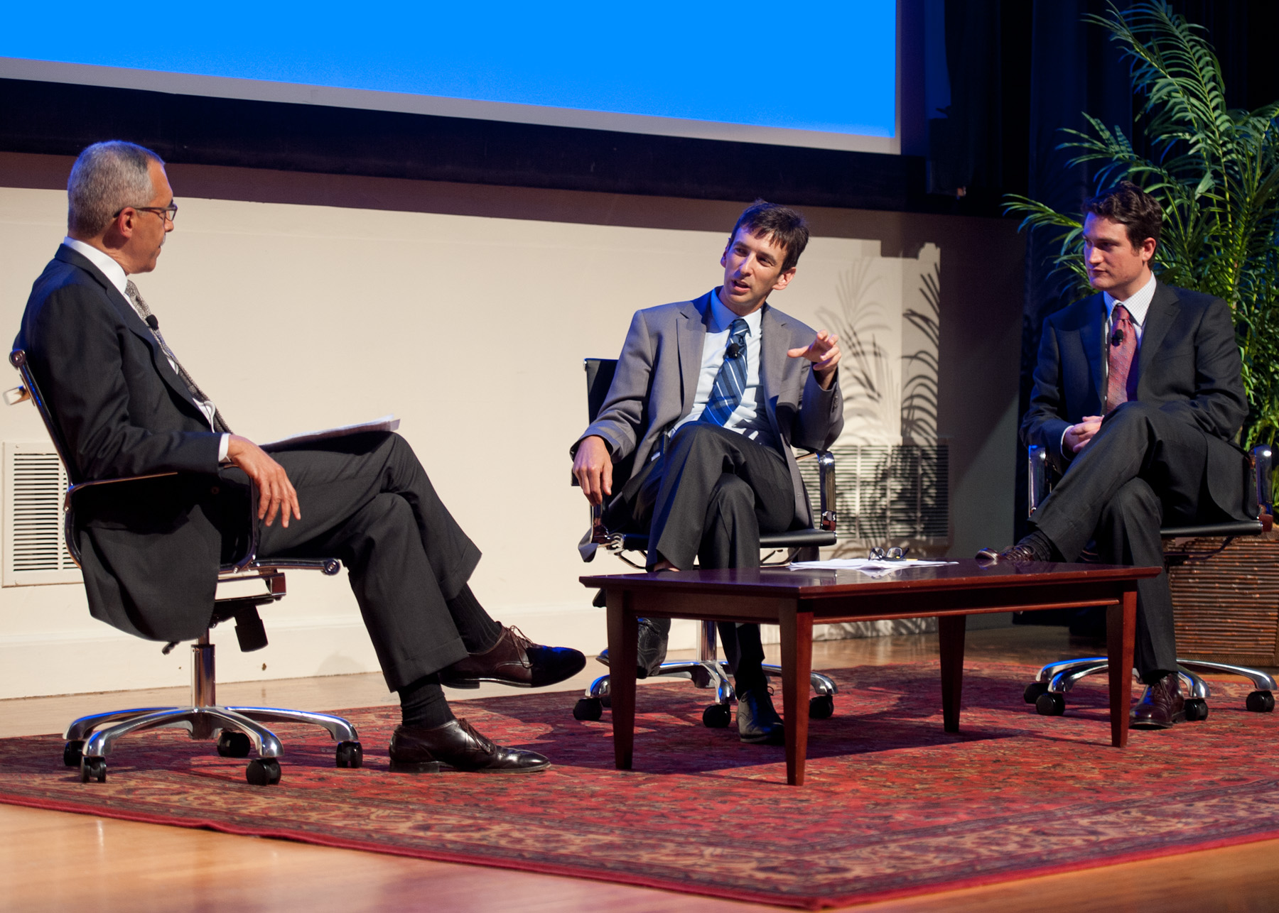 Photo of Claude Steele, Geoffrey Cohen, and Greg Walton on stage discussing.
