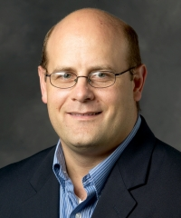 Assoc. Prof. Eric Bettinger
