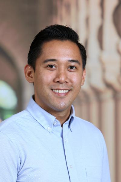 Photo of Fernandez, Kenneth