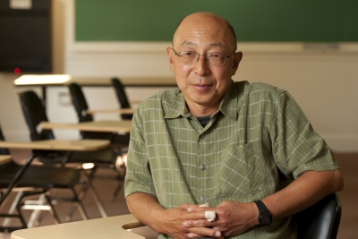 """Professor Kenji Hakuta says of the online courses: """"This approach gets the best knowledge out there into the hands of people who otherwise might not be able to afford it."""" (Photo: Linda A. Cicero/Stanford News Service)"""