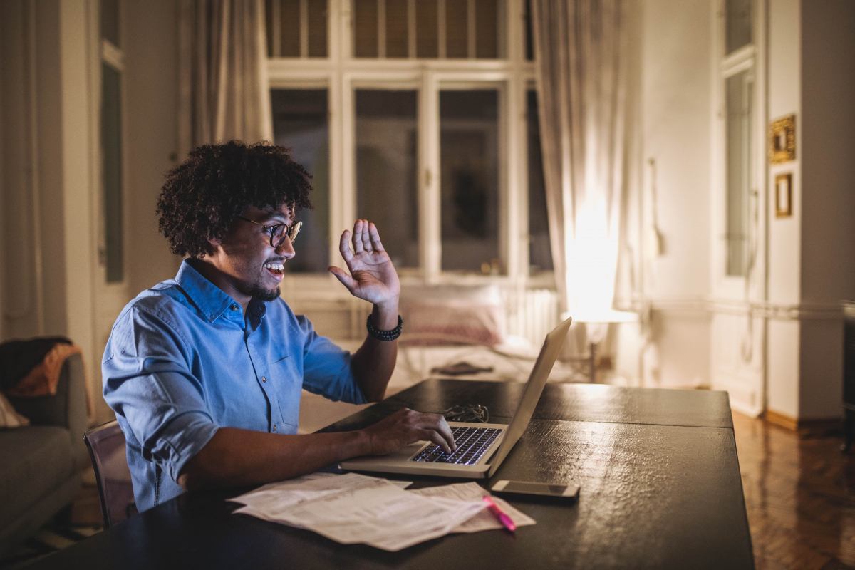Photo of student taking an online class