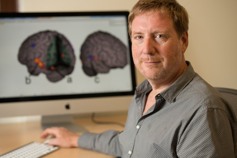 Education Professor Bruce McCandliss is part of an an interdisciplinary team of researchers involved in the growing field of educational neuroscience. (Photo by L.A. Cicero/Stanford)