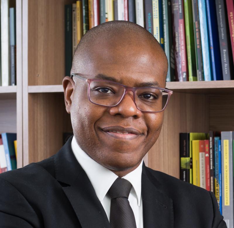 Photo of Dr. Silvio Almeida