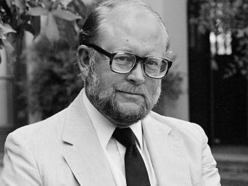James W. Lyons, 1932-2019 (Photo: Chuck Painter)