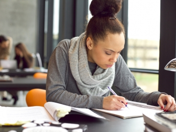 Stanford educator Denise Pope finds that quality is more important than quantity when it comes to evaluating homework assignments for K-12 students. (Shutterstock)