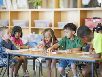 The new Stanford study found improved self-regulation in children who delayed kindergarten by a year. (Photo credit: Christopher Futcher/iStock)