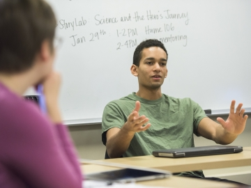 Stanford human biology major Keetan Rutledge in the Notation in Science Communication program. (Photo: L.A. Cicero)
