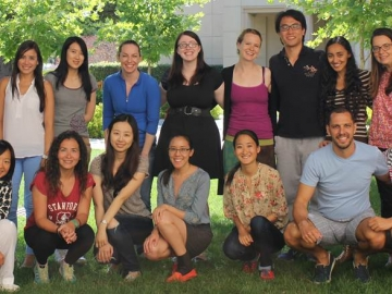 Top row: Elisa Lavore, Maria Claudia Soler, Chentong Chen, Erika Keaveney, Kimberly Moxley, Julia Lerch (program assistant and PhD student), Peng Yin, Marwa Abdel Fattah, Thais Junqueira Franco Xavier; Bottom row: Sen Zhou (program assistant and PhD student), Gina Andrade-Baena, Die Hu, Abigail Do, Nozomi Nakajima, Marcelo Martins, David Dong Seong Ko