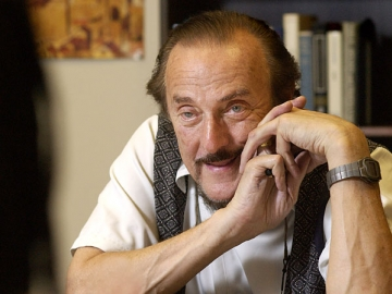 Stanford professor emeritus Philip Zimbardo founded the Heroic Imagination Project. (Photo: Linda A. Cicero)